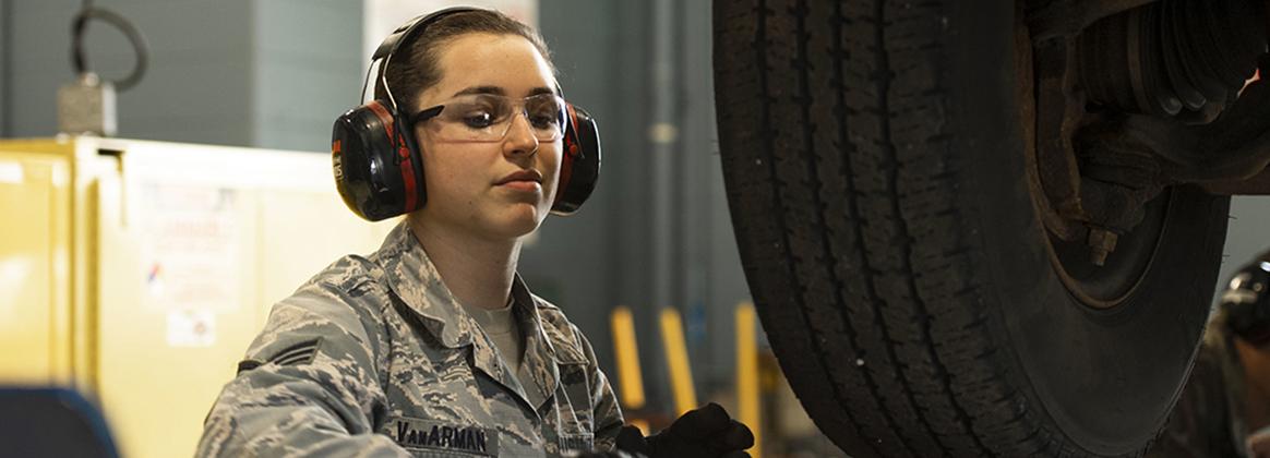Citizen-Warrior: Senior Airman finds family in Vehicle Maintenance