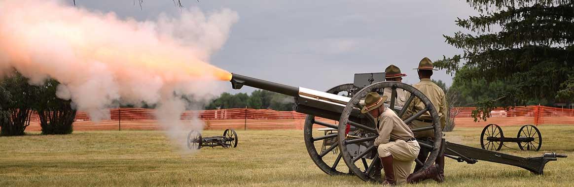 Oklahoma WWI artillery re-enactors thrill crowds