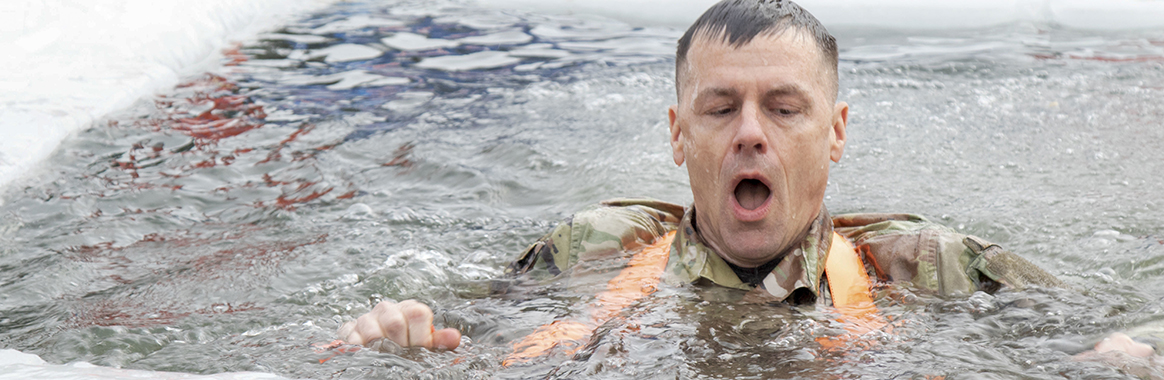 Guard members train for cold-water immersion